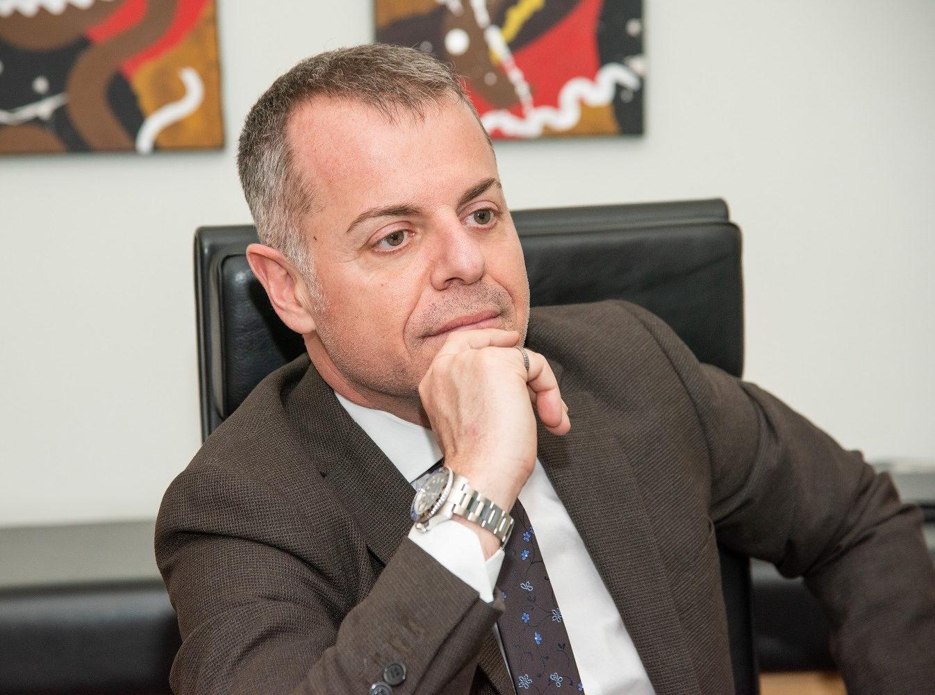 Γιάννης Καρούζος: Δικαιούμαι αποζημίωση αν η έκδοση δικαστικής απόφασης καθυστέρησε υπερβολικά ;