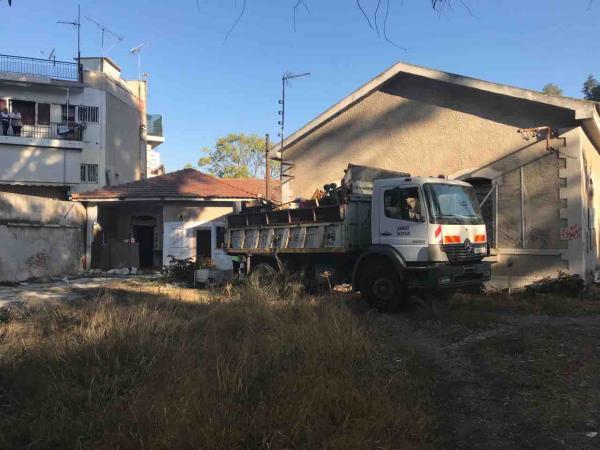 Απομακρύνθηκαν οι καταληψίες από το πρώην στρατόπεδο Παπαδογιωργή
