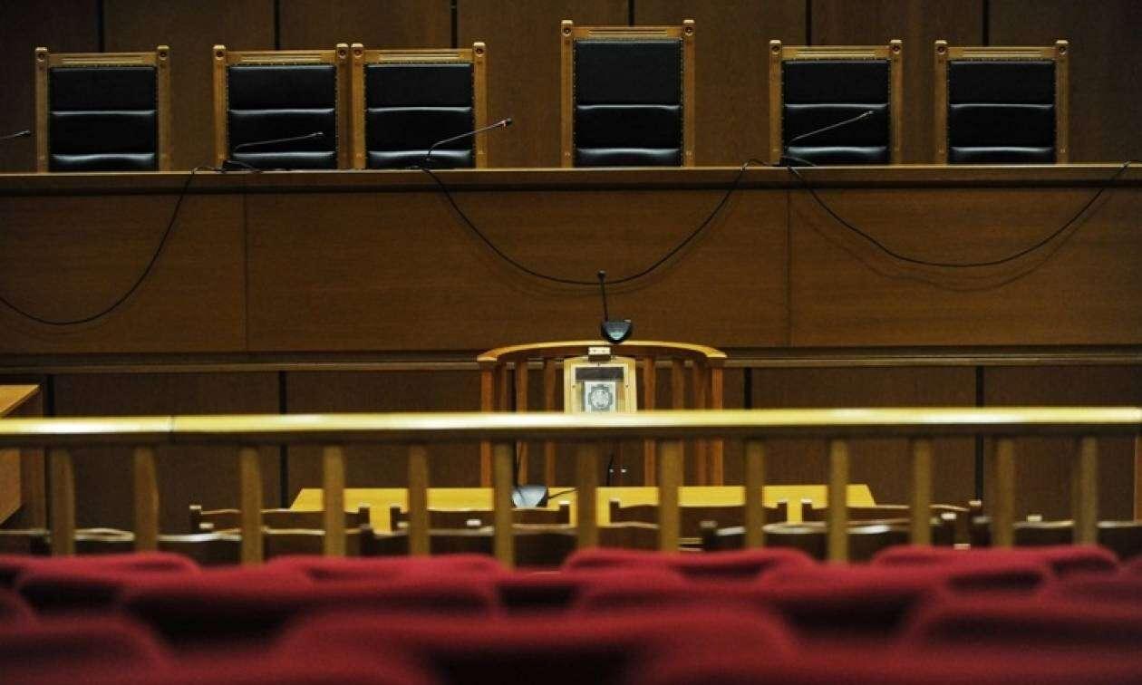 Έκλεισε με αθώωση – ελέω κατάργησης του ν. περί καταχραστών δημοσίου- και το τελευταίο σκέλος της υπόθεσης Αιξωνής
