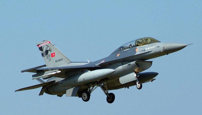 Πτήσεις τουρκικών F-16 πάνω από τις Οινούσες και την Παναγιά