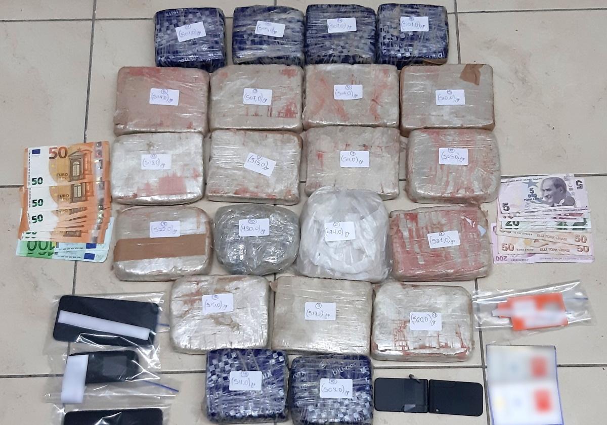 Συνελήφθη 51χρονος στον Εβρο με 10 κιλά κοκαΐνη