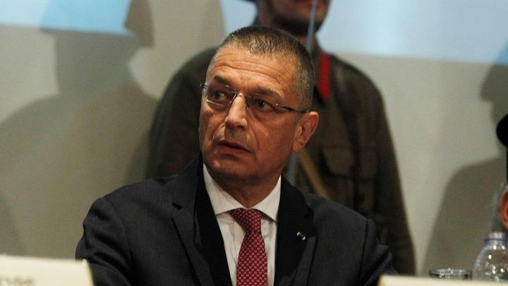 Αλ. Στεφανής: «Δεν αλλάζει τίποτα στην εμπλοκή των ενόπλων δυνάμεων» στο προσφυγικό
