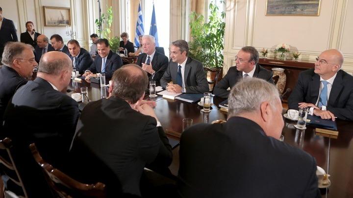 Τι αποφάσισε το Υπουργικό Συμβούλιο για ΔΕΗ, ψήφο των αποδήμων και τη βία στα γήπεδα