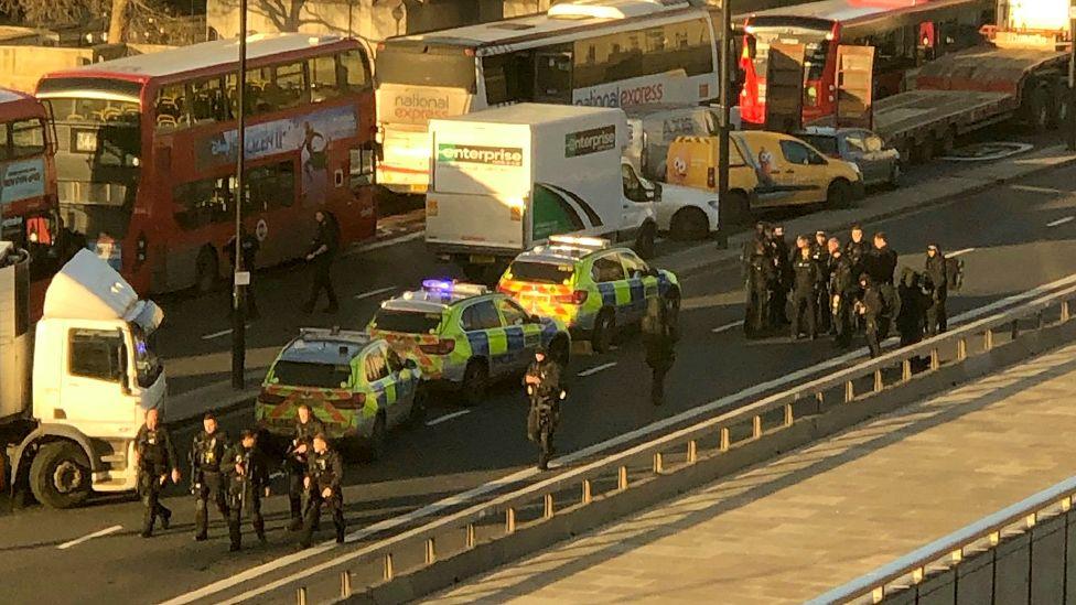 Λονδίνο: Δύο νεκροί πολίτες από την επίθεση με μαχαίρι
