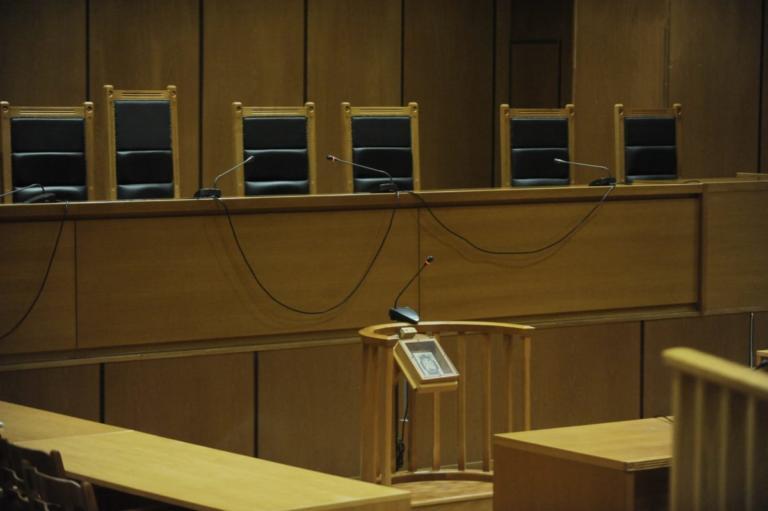 Σε νέες κινητοποιήσεις προσανατολίζονται οι Δικαστικοί Υπάλληλοι