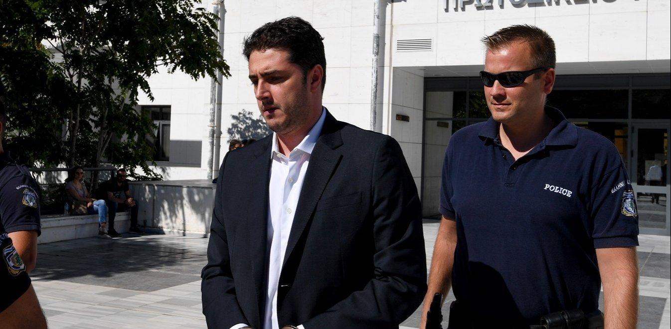 Καταδίκη με αναστολή στον Αρ. Φλώρο: Η μείωση της ποινής και τα ελαφρυντικά – Έχουν επιστραφεί 85 εκατομμύρια