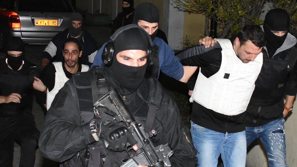 Δίωξη για κακουργήματα άσκησε ο εισαγγελέας στους δύο συλληφθέντες για τρομοκρατία