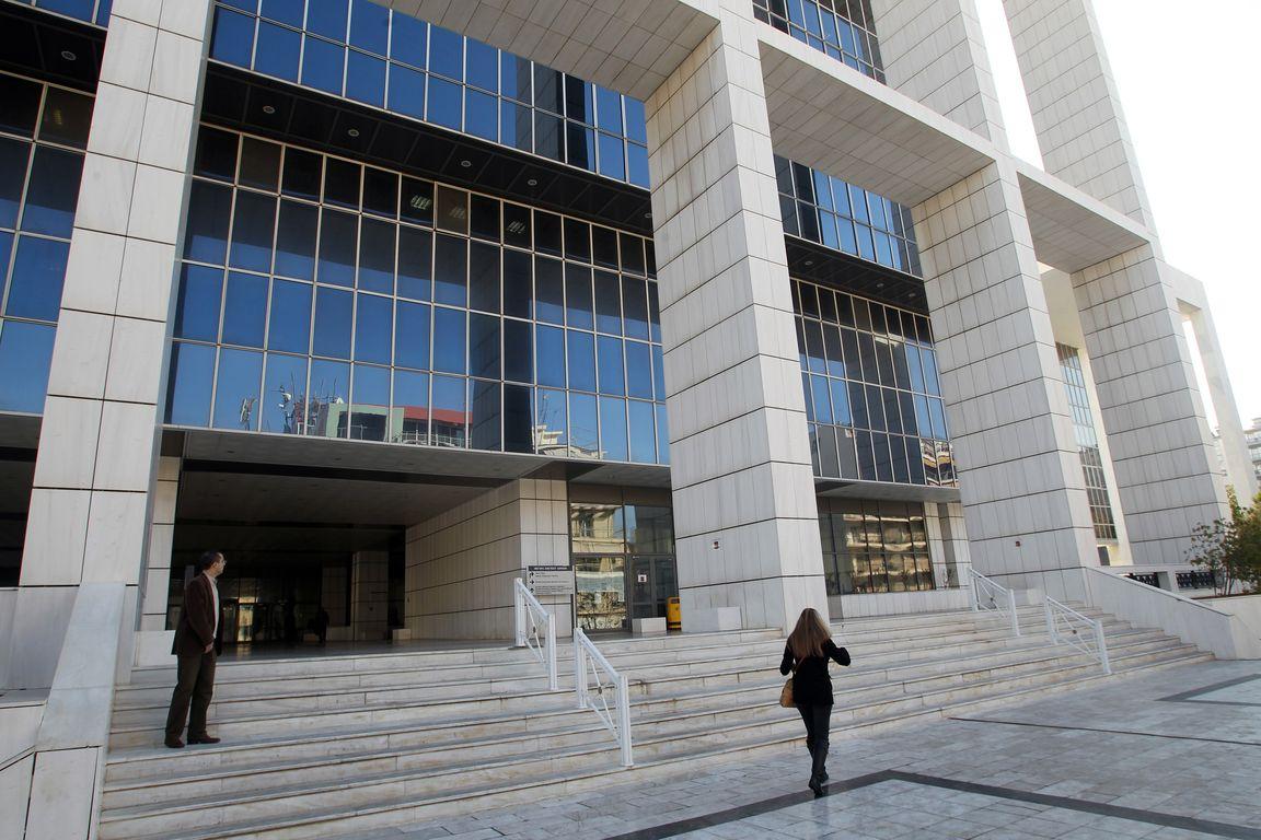 Αναβλήθηκε η δίκη για τη δολοφονία του ναυτικού λόγω ασθένειας του προέδρου