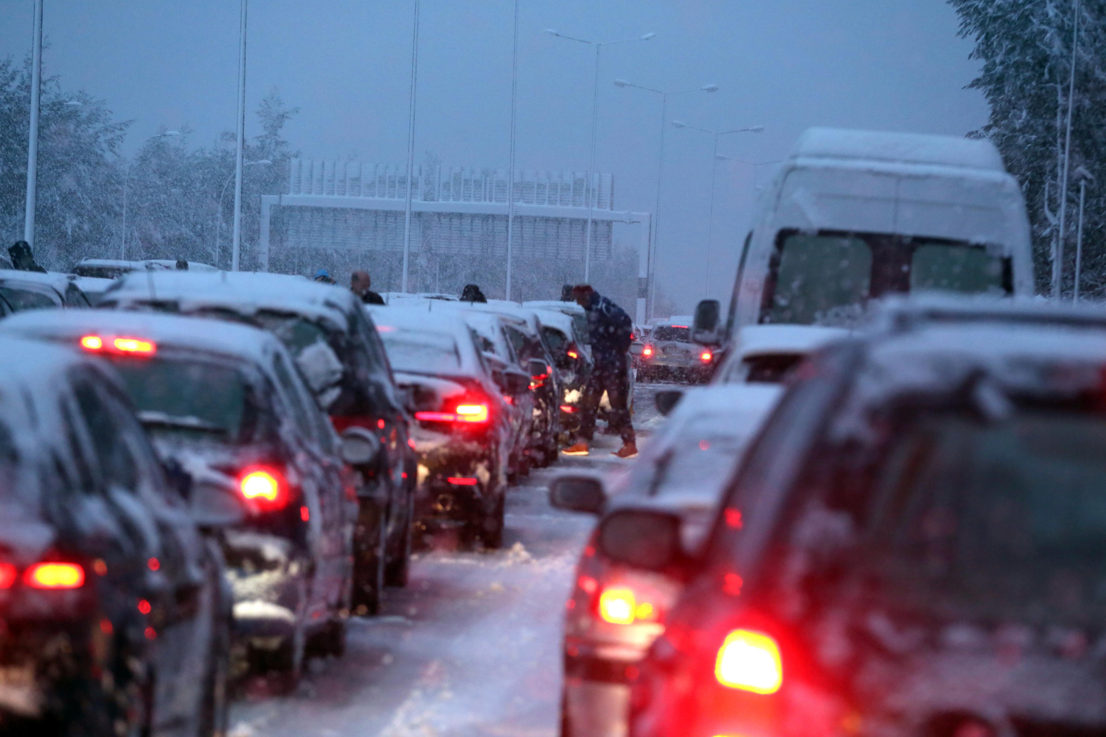 Έρευνα με εντολή του πρωθυπουργού για το κλείσιμο της Εθνικής Οδού – Αντικαταστάθηκε ο Διοικητής του Β' Τμήματος Αυτοκινητοδρόμων Αττικής