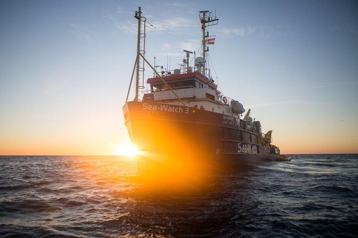 Το Sea-Watch 3 αρχίζει και πάλι διασώσεις μεταναστών και προσφύγων στη Μεσόγειο