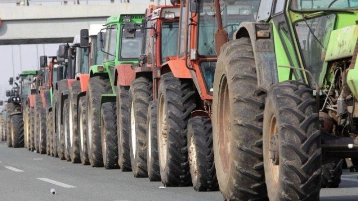 Λάρισα: Βγάζουν τα τρακτέρ τους στους δρόμους οι αγρότες – Πού θα στήσουν μπλόκα