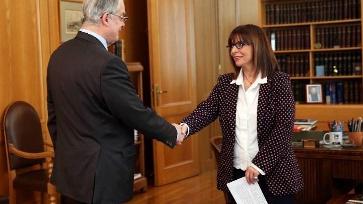 Αικατερίνη Σακελλαροπούλου: Τι αναφέρουν τα ξένα ΜΜΕ για την εκλογή της
