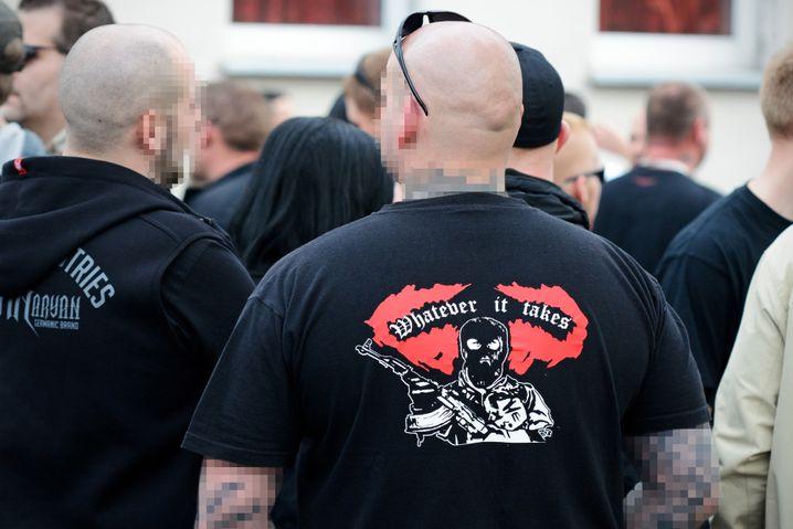 Εκτός νόμου τέθηκε η νεοναζιστική οργάνωση Combat 18 στη Γερμανία – Έφοδοι των Αρχών σε χώρους της