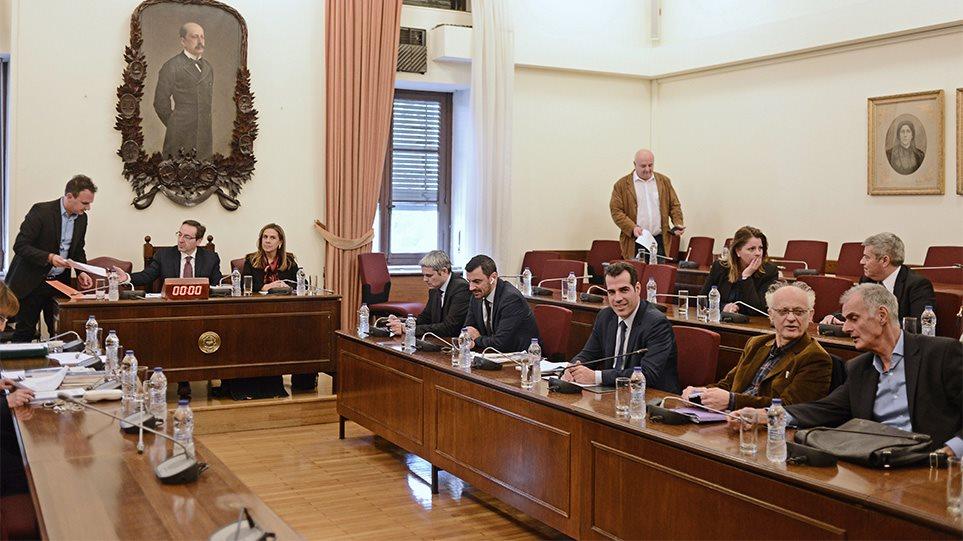 Ο Παναγιώτης Αθανασίου στη Βουλή: Τρίτος εισαγγελέας κατά Παπαγγελόπουλου;