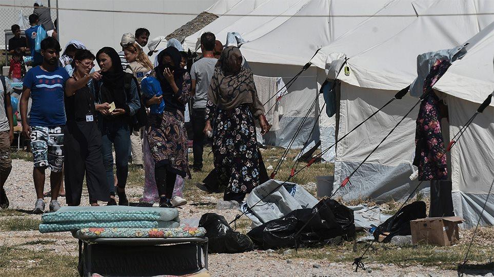 Μεταναστευτικό: Ποιοι νομοί προκρίνονται για να γίνουν δομές φιλοξενίας – Οι αντιδράσεις