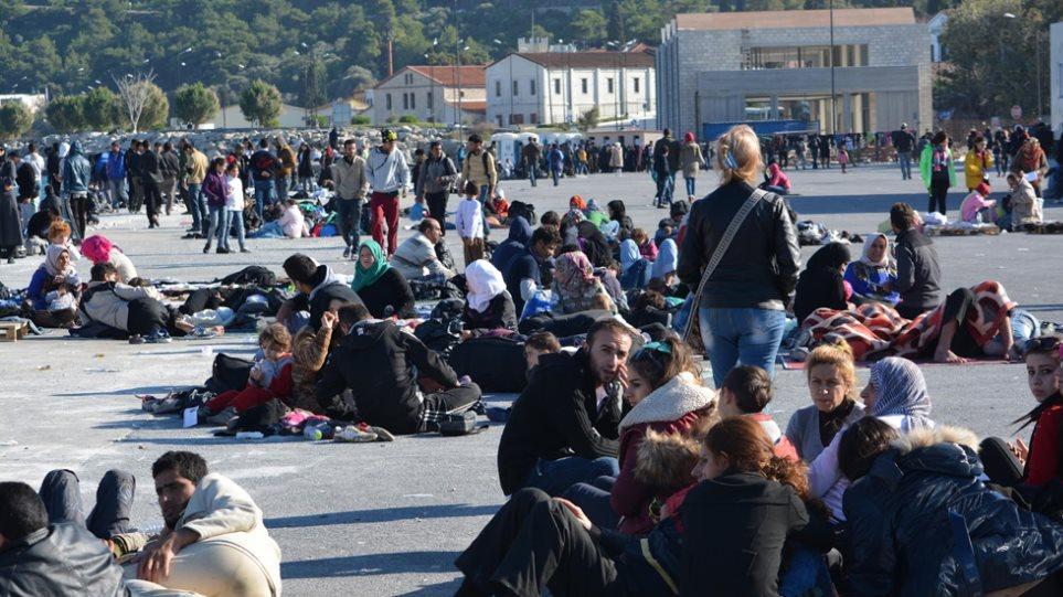 Συγκέντρωση διαμαρτυρίας για το προσφυγικό-μεταναστευτικό στο λιμάνι του Μαλαγαρίου Σάμου