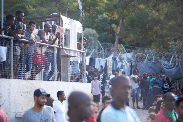 Η λίστα «μπούσουλας» για το άσυλο με τις ασφαλείς χώρες καταγωγής
