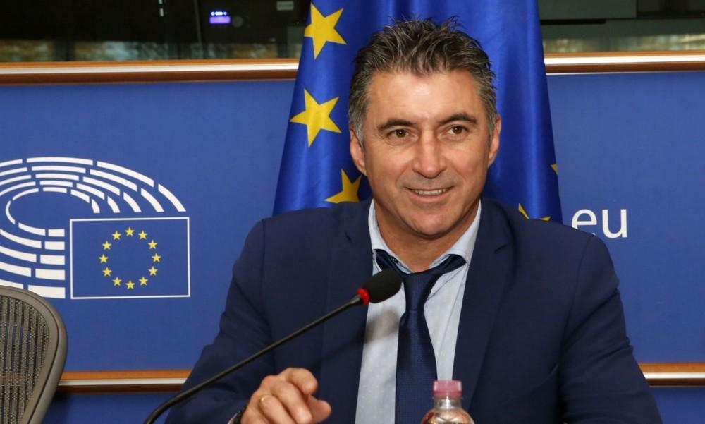 """""""Βόμβα"""": Παραιτείται ο Ζαγοράκης από πρόεδρος της ΕΠΟ"""