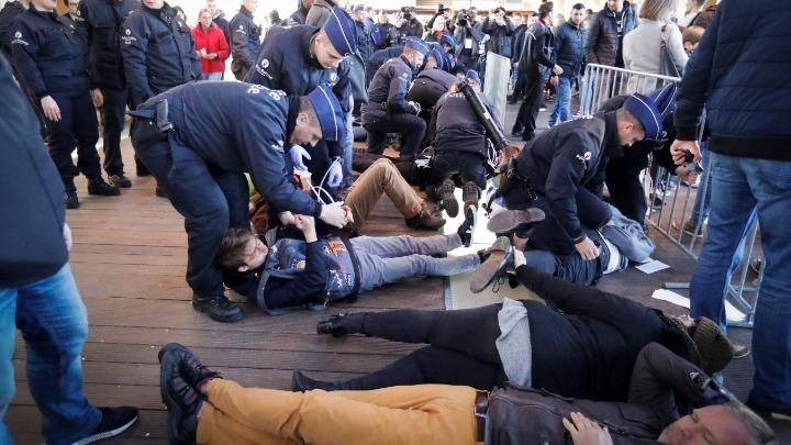 Συνελήφθησαν περισσότεροι από 100 ακτιβιστές για το κλίμα στο Βέλγιο