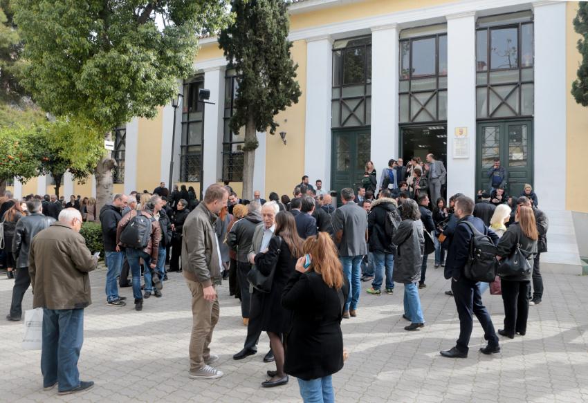 «Νεκρώνουν» τα δικαστήρια της χώρας οι δικαστικοί υπάλληλοι – Απεργία στη Χίο