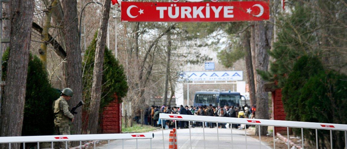 Έβρος: Με 600 στρατιώτες ενισχύουν τη φύλαξη των συνόρων