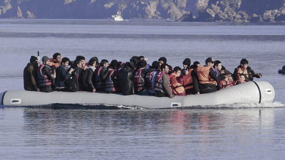 Reuters: Η Τουρκία ανοίγει στους πρόσφυγες τα σύνορα με την Ελλάδα