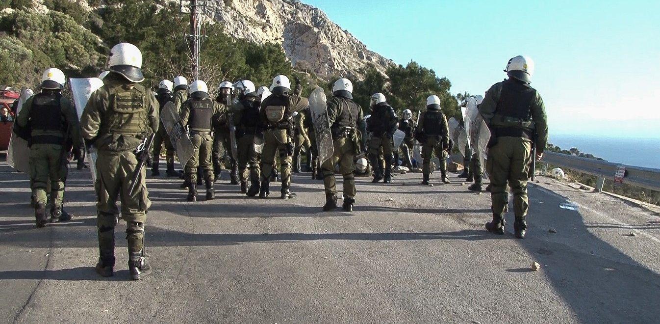 Μεταναστευτικό: Διμοιρίες ΜΑΤ από Αθήνα και Θεσσαλονίκη μεταφέρονται στον Έβρο