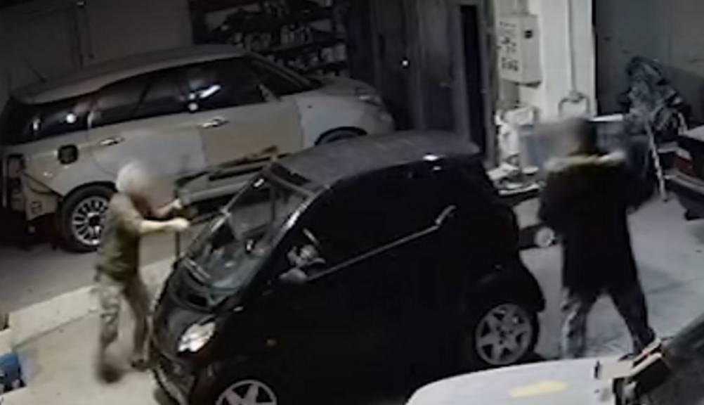 Νέα στοιχεία για το φονικό στην Πάτρα – «Ήρθε στο μαγαζί με κλαδευτήρι για να με κόψει κομμάτια» λέει ο κατηγορούμενος