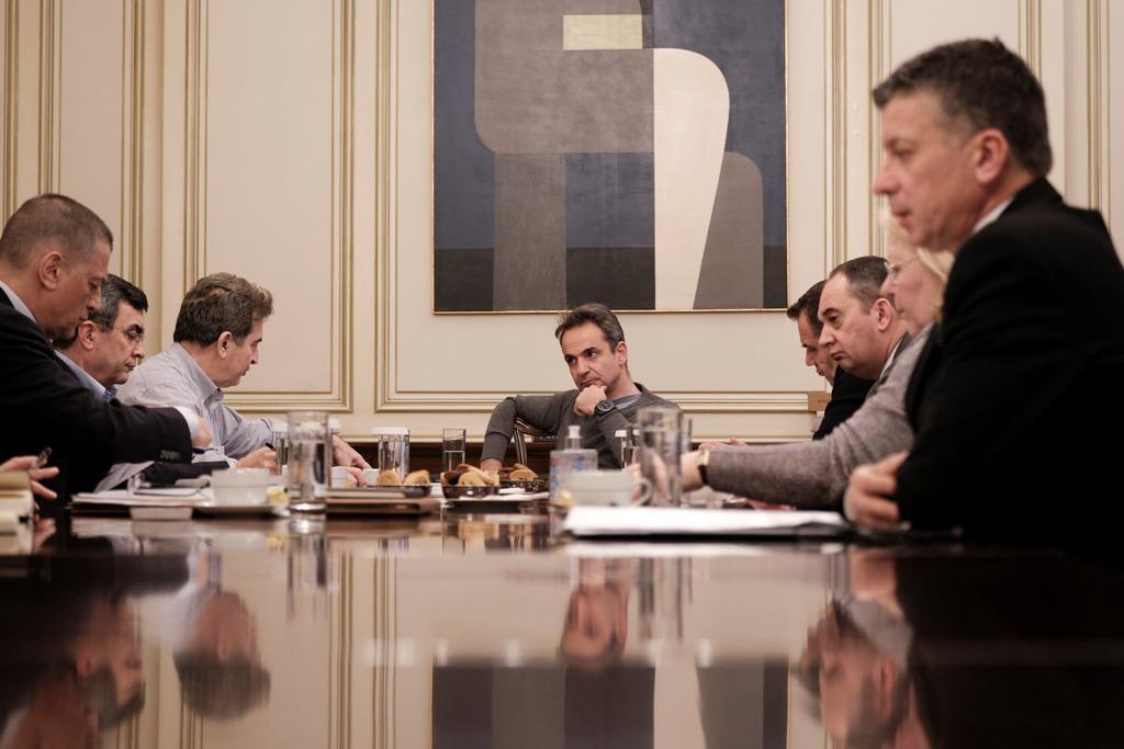 Ευρεία σύσκεψη υπό τον πρωθυπουργό, για την αποτίμηση της κατάστασης στον Έβρο και στα νησιά
