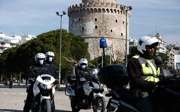 Κορονοιός: 389 συλλήψεις σε εννέα ώρες στην Ελλάδα