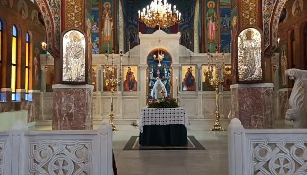 Ο Σωτήρης Τσιόδρας ψάλλει στη Θεία Λειτουργία της Σταυροπροσκυνήσεως (Live)