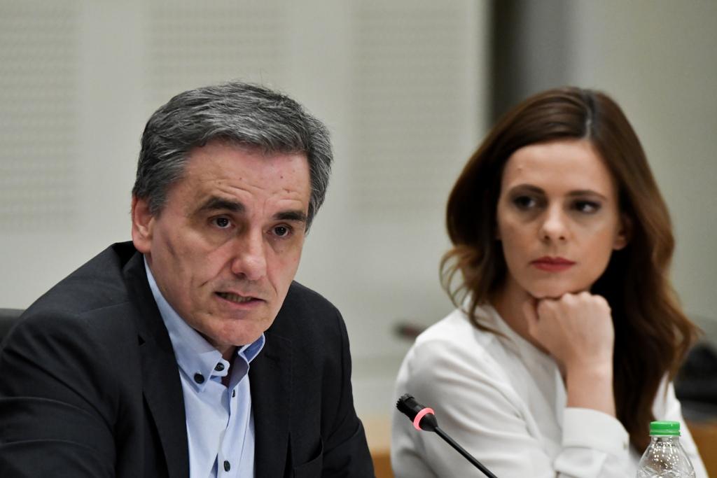 ΣΥΡΙΖΑ: Κάθε μέρα και ένα νέο μέτρο σε βάρος των εργαζομένων – Τα επτά σημεία κριτικής στην κυβέρνηση για την ύφεση