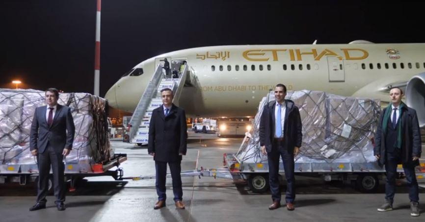 Παραλαβή 11 τόνων ιατρικού υλικού από τα Ηνωμένα Αραβικά Εμιράτα (Φωτογραφίες – Βίντεο)