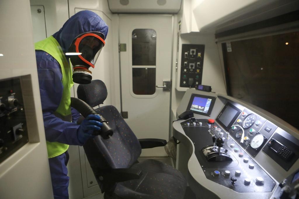 Εντατικοποιούνται τα μέτρα κατά του κοροναϊού στα Μέσα Μαζικής Μεταφοράς