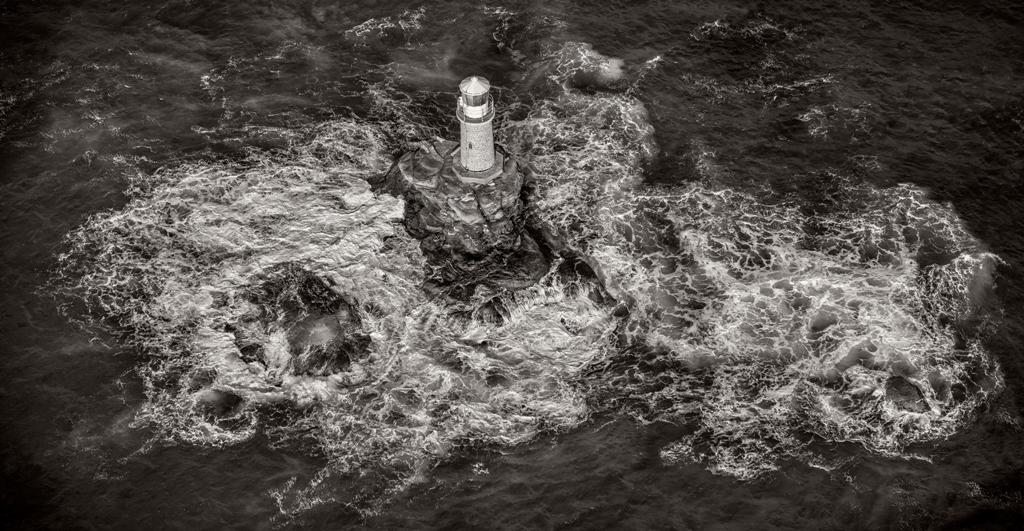 Δεμένα τα πλοία στα λιμάνια – Θυελλώδεις άνεμοι στα πελάγη