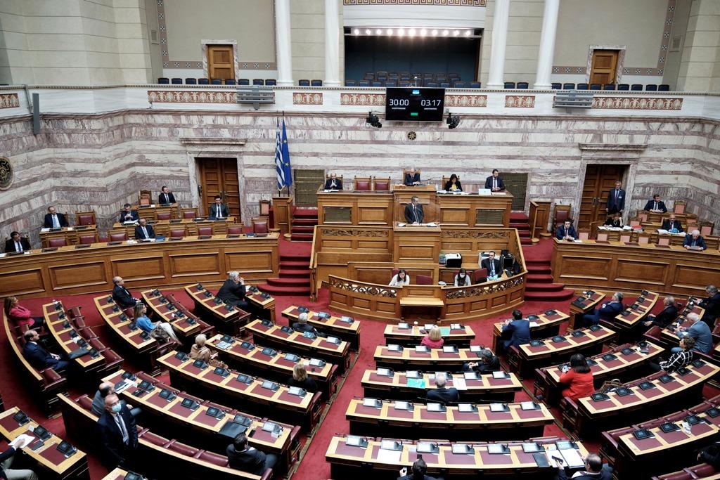 Ο διοικητής του «Σωτηρία» διαψεύδει Πολάκη-Τσίπρα  για τις ΜΕΘ -Είναι διαθέσιμες και οι 50