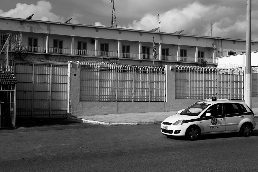Έκτακτη έρευνα στις φυλακές Κορυδαλλού: Βρέθηκαν μαχαίρια, σουβλιά και ύποπτες ουσίες