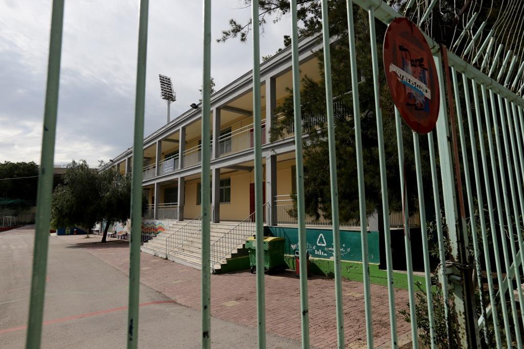 ΣΥΡΙΖΑ για άνοιγμα σχολείων: Δωρεάν μάσκες για μαθητές και καθηγητές