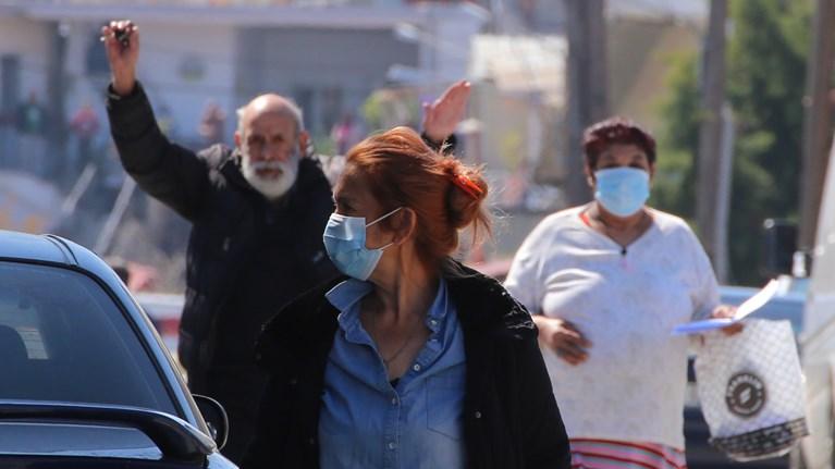 Κορονοϊός: Τρία νέα κρούσματα στον οικισμό Ρομά στη Λάρισα
