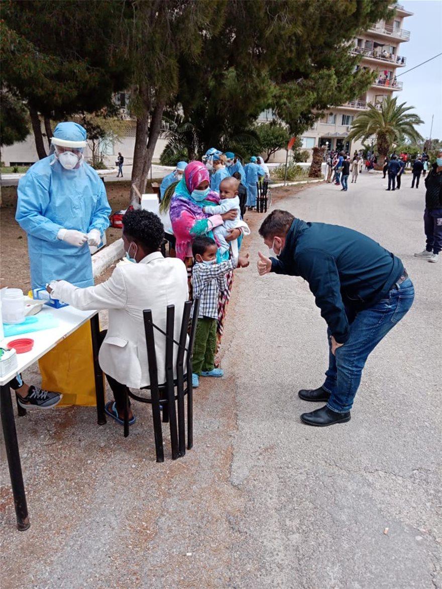 Στο Πόρτο Χέλι Χαρδαλιάς, Τσιόδρας, Μηταράκης μετά από κρούσμα κορωνοϊού σε δομή μεταναστών (φωτογραφίες)