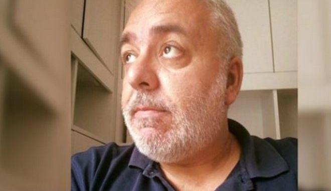 Πέθανε ο δημοσιογράφος Ρίζος Ψύλλος
