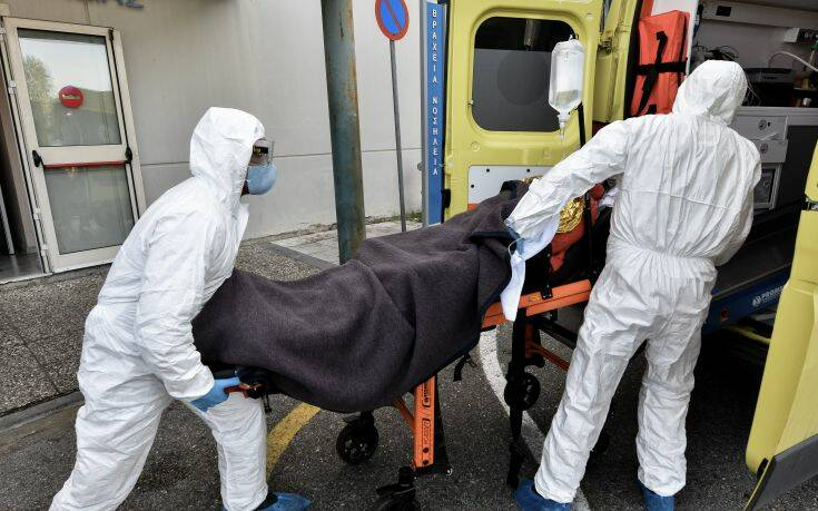 ΕΟΔΥ: Άρχισαν οι αιτήσεις πρόσληψης νοσηλευτών για τις «εξετάσεις Covid-19 κατ' οίκον»