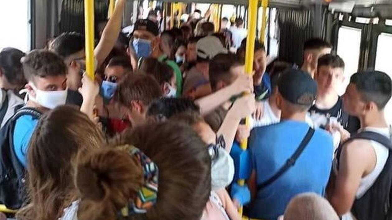 """""""Κορονοπάρτυ"""" σε λεωφορείο που εκτελούσε δρομολόγιο Ελληνικό-Σαρωνίδα"""