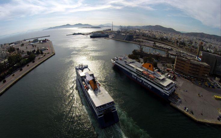 Άρση των μέτρων για τα νησιά: Ποιοι μπορούν να ταξιδέψουν από τη Δευτέρα