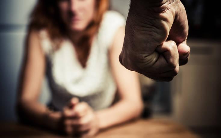 Αυξήθηκαν τα περιστατικά ενδοοικογενειακής βίας τις ημέρες της «καραντίνας» στην Ελλάδα