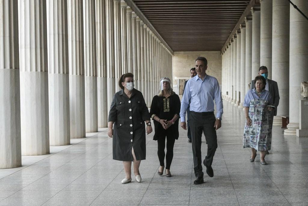 Τα μουσεία ανοίγουν ξανά – Στο μουσείο της Αρχαίας Αγοράς ο πρωθυπουργός