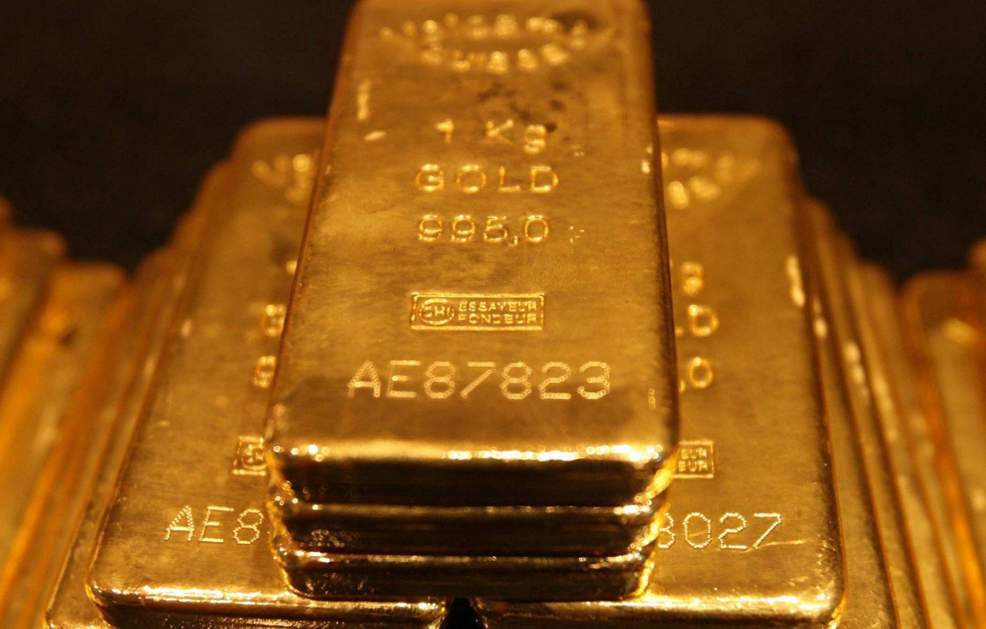 Θα πληρώσει … χρυσό φόρο για τις ράβδους χρυσού που έφερε από την Ελβετία ως «οικογενειακή περιουσία»