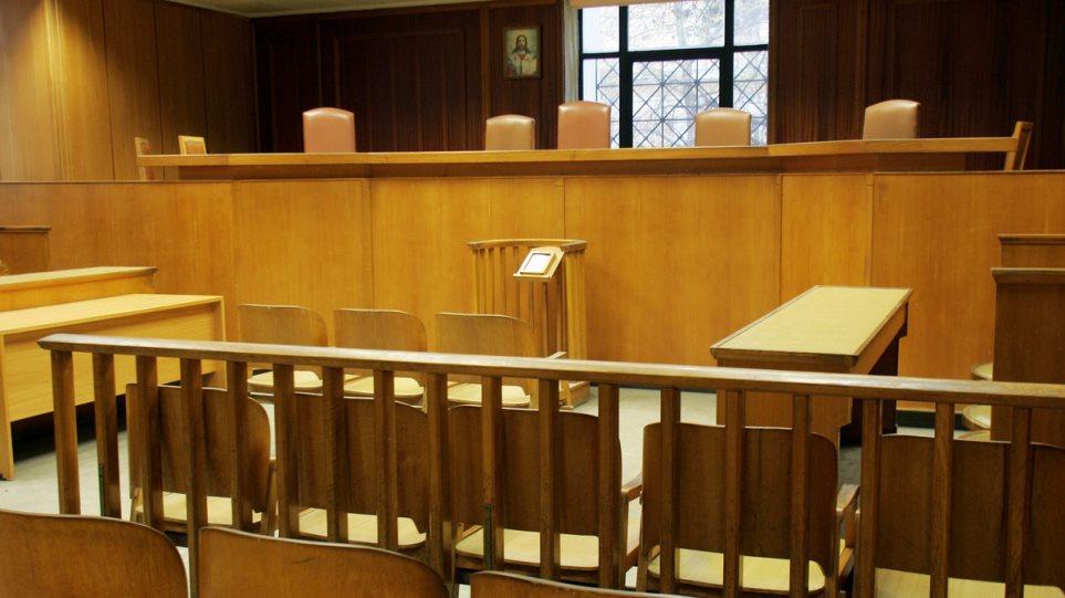 Ε. Ζαχαρής: Να διωχθεί η Ελ. Τουλουπάκη – Δεν συμφωνεί ο Λ. Σοφουλάκης που ζητά τη δίωξη Αγγελή, Ράικου, Μανιαδάκη, Φρουζή, Μανία