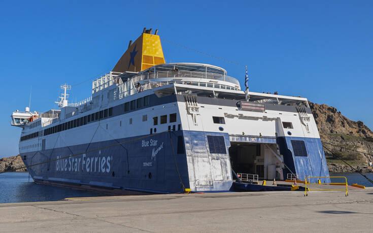 ΕΔΕ από το λιμενικό μετά την καταγγελία επιβάτη του «Blue Star 2» ότι δέχθηκε επίθεση