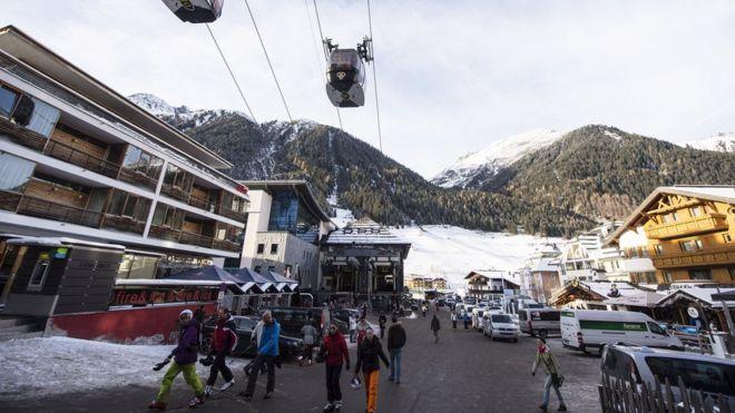 Αγωγή μαμούθ 1.000 ατόμων κατά του χιονοδρομικού στη Βιέννη για εξάπλωση του κορονοϊού